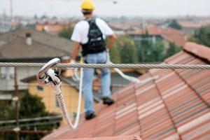 Linee vita sui tetti condominiali