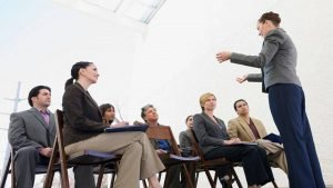 È un obbligo la presenza dell'amministratore in assemblea